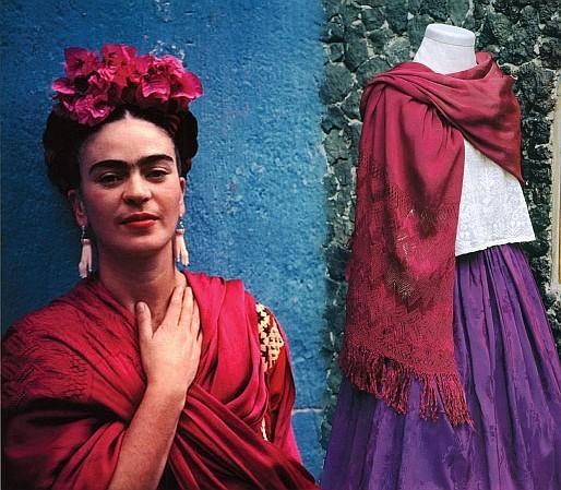 Frida Khalo et son rebozo